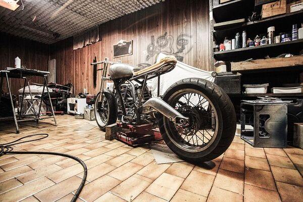 バイクガレージ を楽しむ