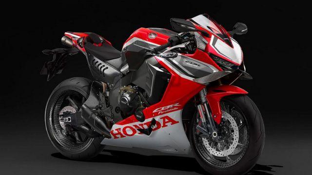 大型スーパースポーツバイク