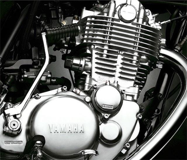 単気筒エンジン 大型