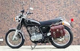 クラシックなバイクに似合うバッグ