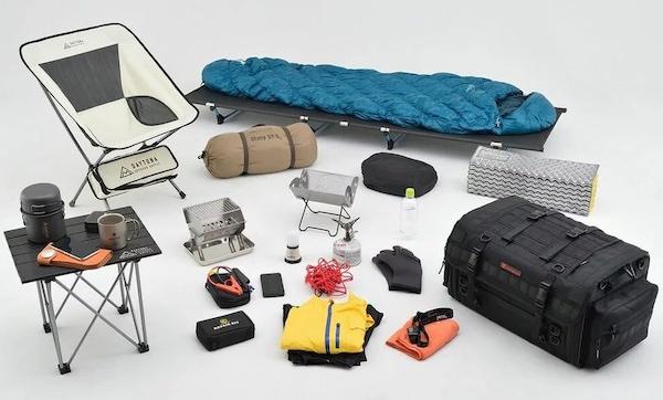 キャンプツーリングの持ち物は軽量・コンパクトなもので揃える